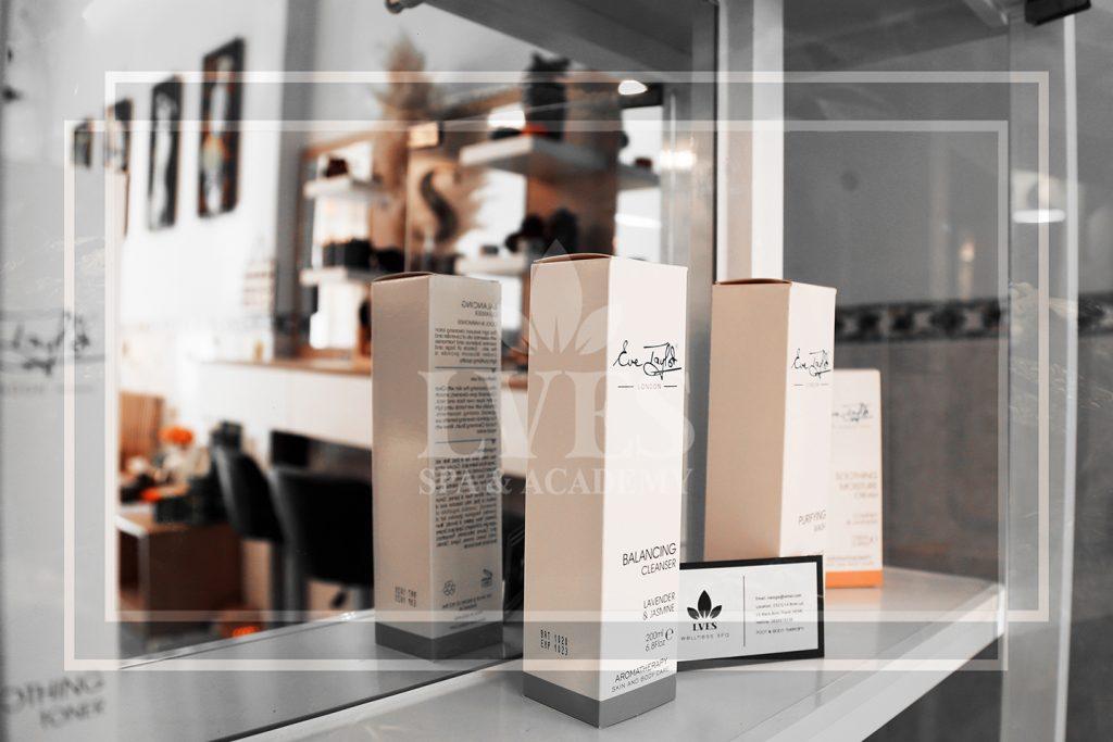 Sữa rửa mặt Eve Taylor's Balancing Cleanser